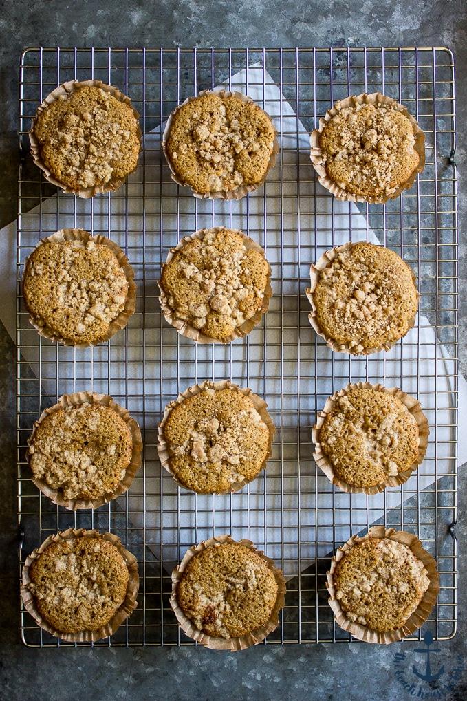 Apple Spice Crumb Muffins