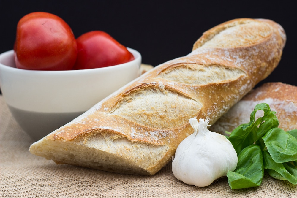 Herbed Ricotta and Tomato Crostini