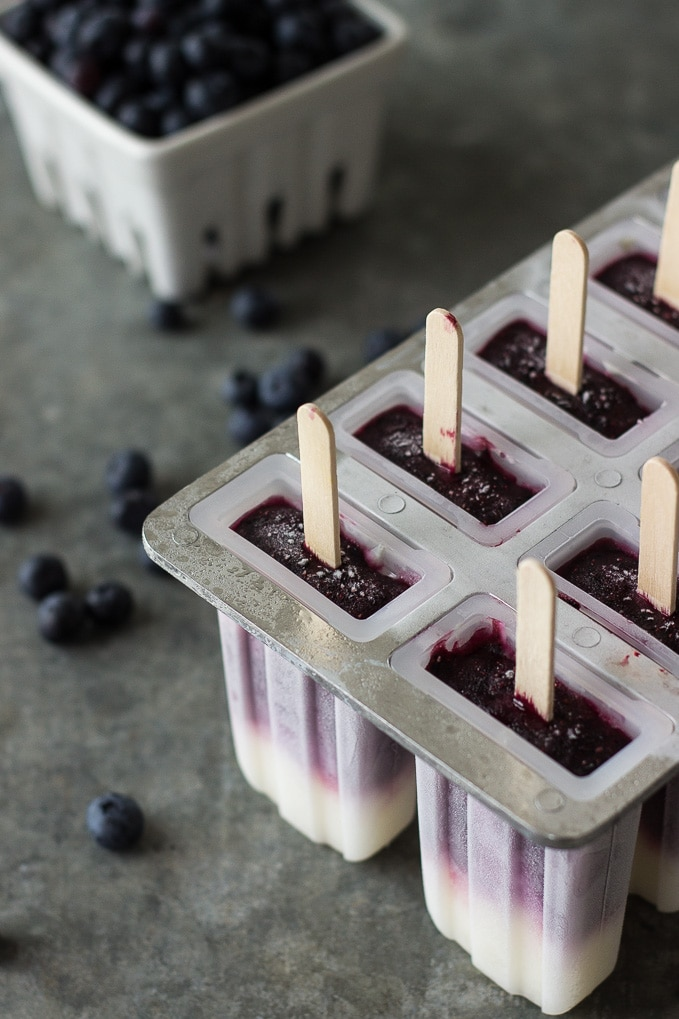 Blueberry-Vanilla-Swirl-Popsicles.jpg