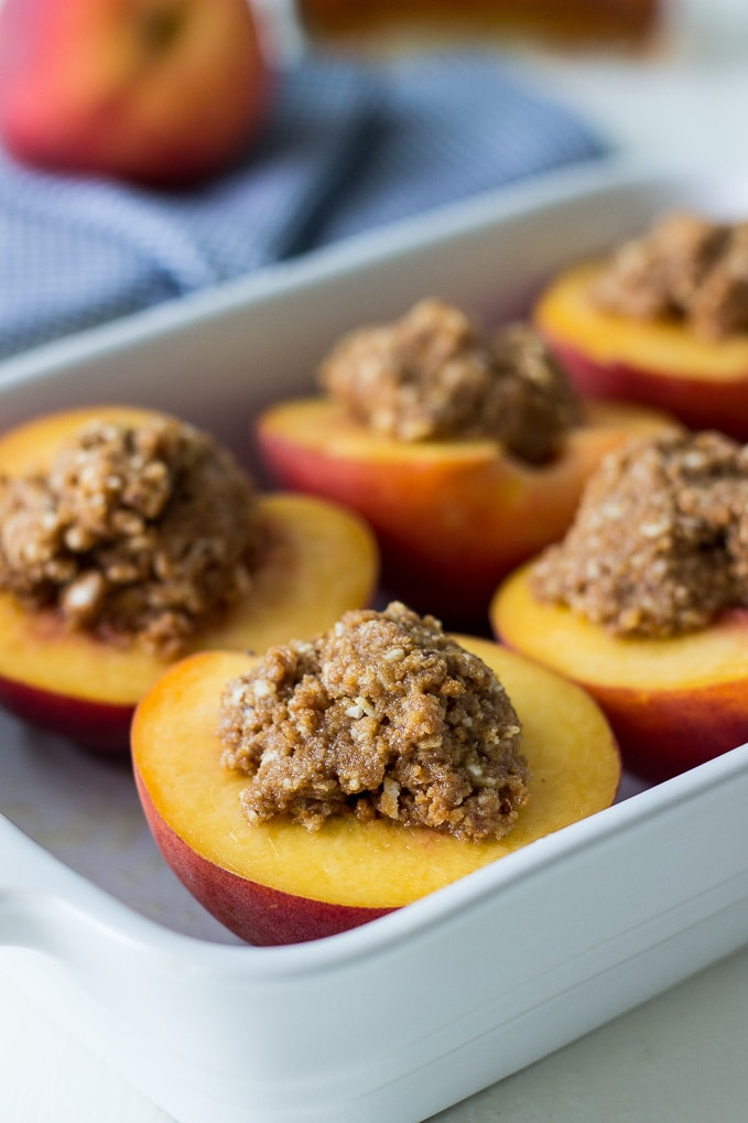 Almond-Biscoff-Cookie-Stuffed-Peaches-Amaretto.jpg