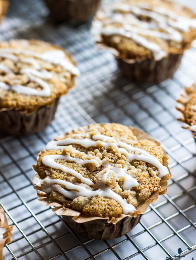 Apple Spice Crumb Muffins
