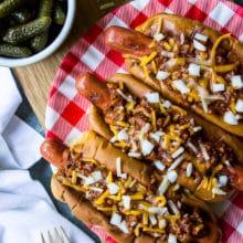 Classic Chili Dogs