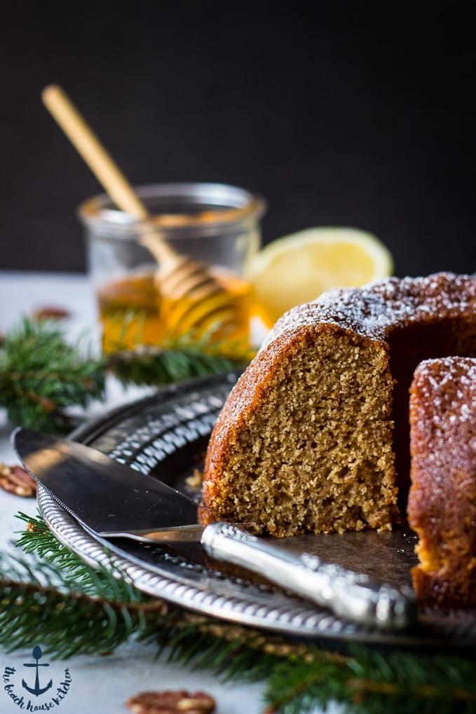 Cinnamon Pecan Bundt Cake Recipe
