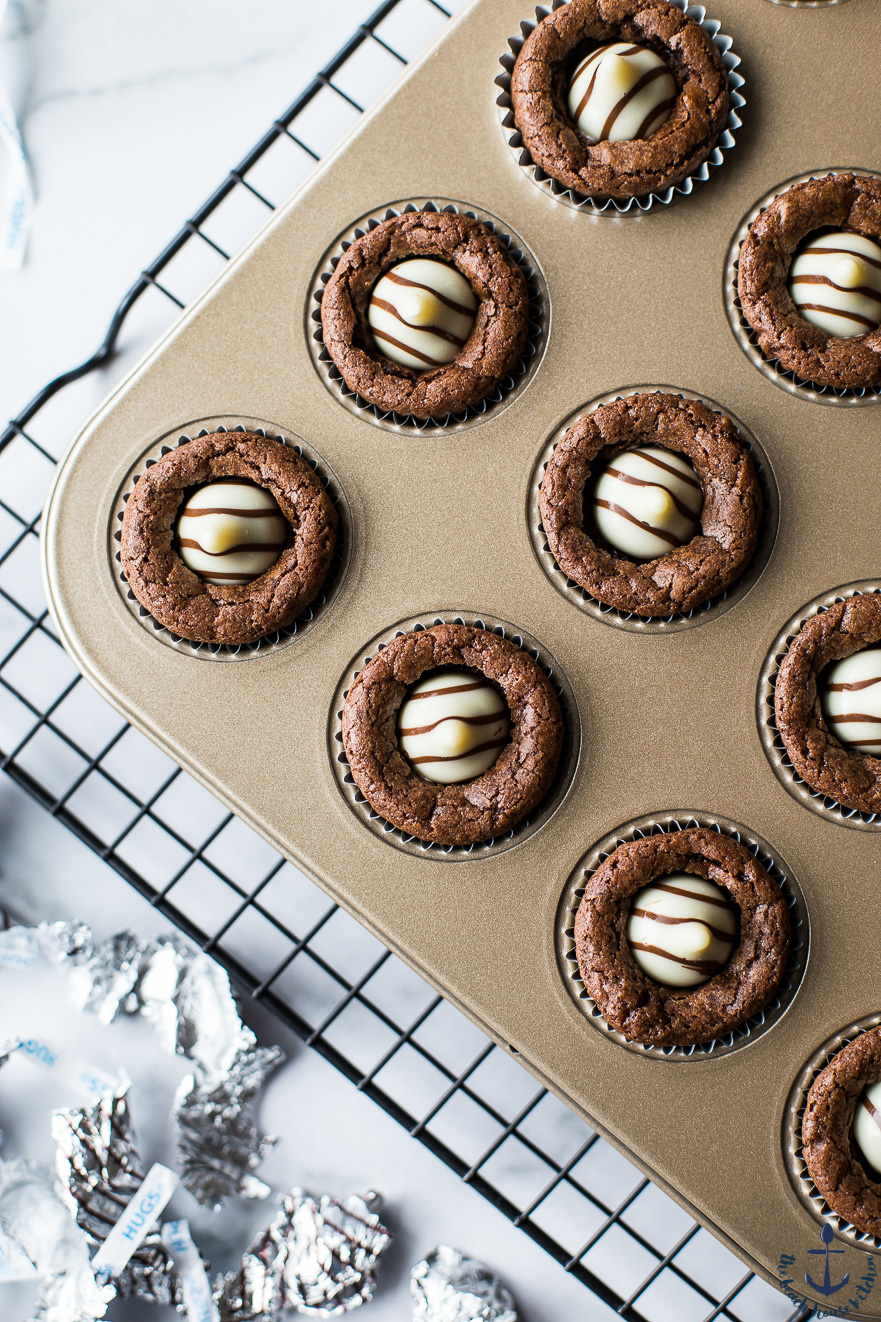 Overhead photo of Hershey's Hug Brownie Bites in gold muffin pan