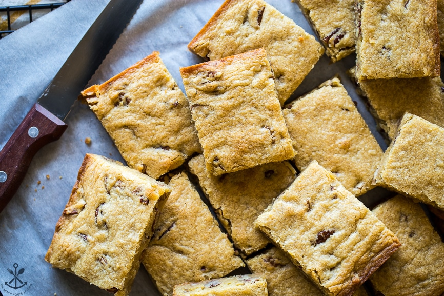 Overhead photo of pecan bourbon blondie slices